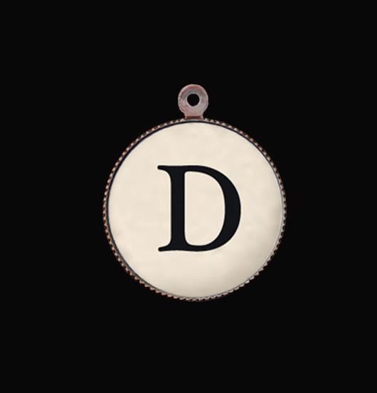 D Lettera dell'afabeto. Ciondolo con iniziale per personalizzare i vostri regali.