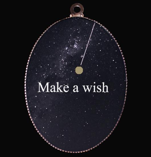 medaglione in porcellana esprimi un desiderio con particolare in oro su fondo nero, una stella cadente, per i sognatori, regalo per amica, per i 18 anni, per chi ami, per compleanno