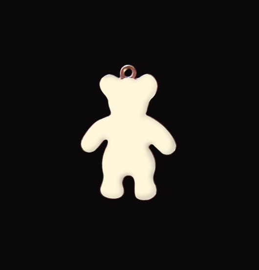 Ciondolo a forma di orsetto in rame smaltato bianco adatto per personalizzare i tuoi gioielli. Regalo per battesimi, cresime, comunioni, bambini.