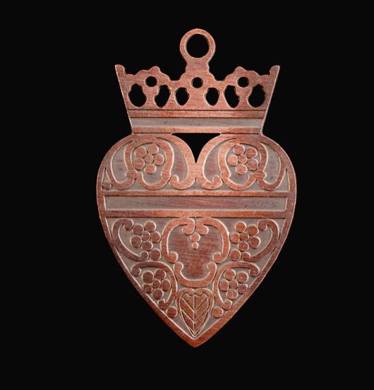 pendente in rame a forma di cuore sacro con corona, regalo miglior amica, sorella, san valentino