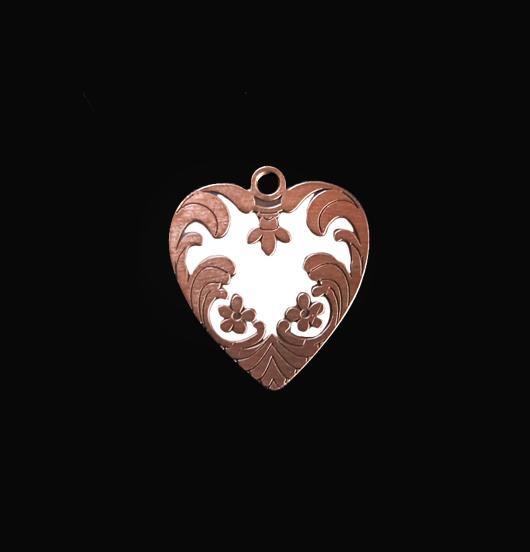 Ciondolo a forma di cuore in rame smaltato bianco. Personalizza il tuo bracciale . Regalo per la mamma,per San Valentino.