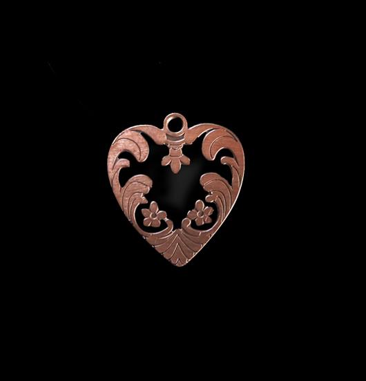 Cuore ribelle, ciondolo in rame smaltato in nero, adatto a personalizzare i tuoi gioielli e da regalare alle persone amate.