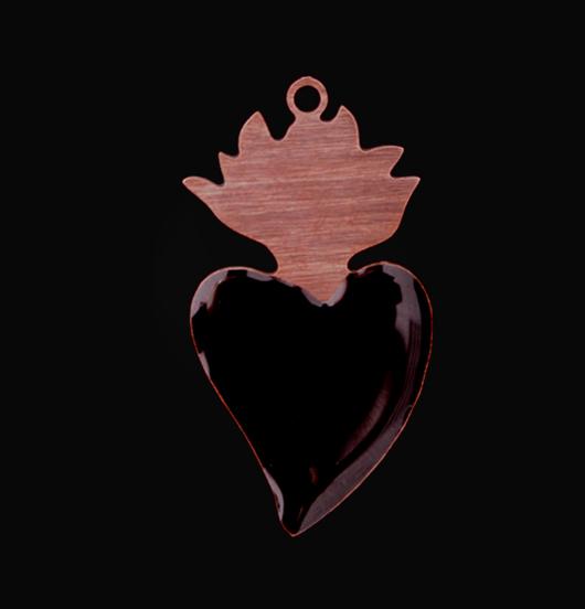 ciondolo cuore sacro ex voto in rame smaltato nero, regalo religione, san valentino, amore