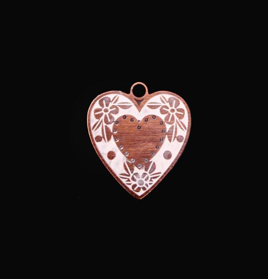 Ciondolo a forma di cuore smaltato bianco, per costruire il tuo gioiello personalizzato. Regalo unico.