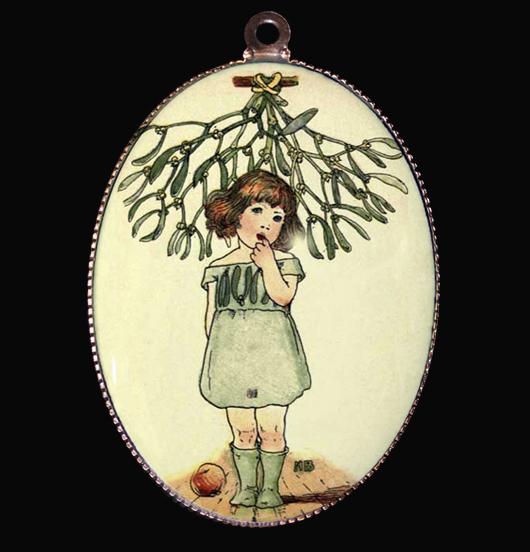 Medaglione in porcellana con bimba sotto al vischio, regalo per natale, per augurare buon natale in una magica atmosfera, attesa del natale,radunati intorno all'albero nella notte più magica dell'anno, regalo per per la mamma, per la nonna, per amica, per personalizzare un bracciale o una collana