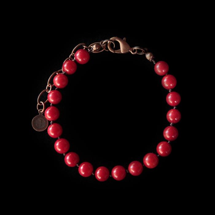 Bracciale in corallo bambù rosso con finiture rame. Braccialetto base per costruire il tuo gioiello personalizzato con i ciondoli preferiti. Regalo unico di compleanno,natale.