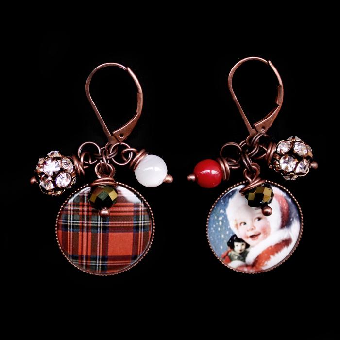 orecchini natalizi in porcellana con immagine scozzese, bimbo, perline e strass, regalo Natale, regalo miglior amica, regalo inverno