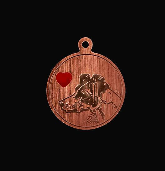 Ciondolo con cane inciso e cuore smaltato rosso per personalizzare bracciale e collana e collare. Regalo dedicato agli amanti degli animali.