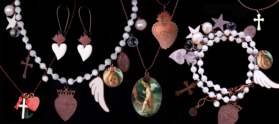 Una collezione di bijoux dedicata al tema del Sacro, simbologia e immagini della tradizione Cristiana. Le collane e i bracciali annodate a mano, sono in madreperla, in bianco, il colore della purezza
