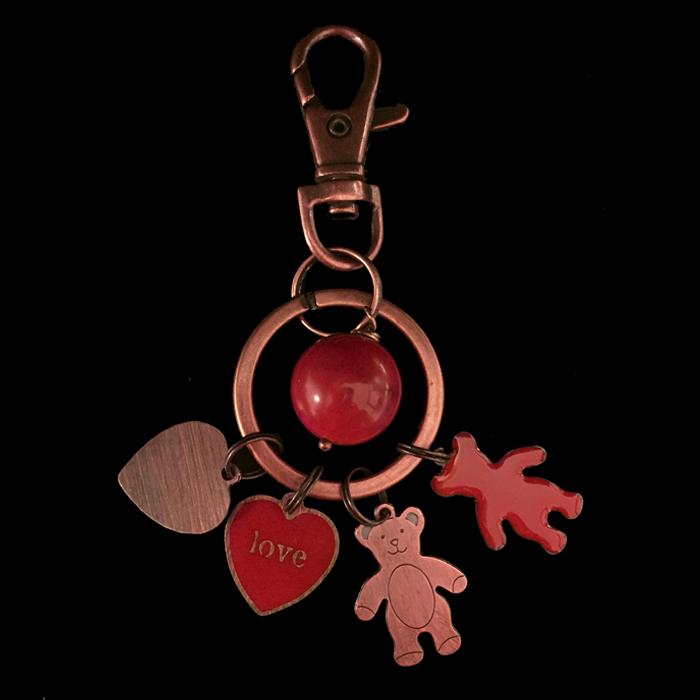 portachiavi in rame e rame smaltato con cuori e orsetti rossi, per regalo san valentino, per chi si ama, per avere sempre con te chi ami, da personalizzare con iniziale