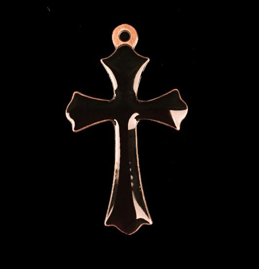 ciondolo in rame a forma di croce con inciso proteggimi smaltata color nero,  regalo per cresima, battesimo, prima comunione