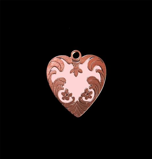 Cuore ribelle, ciondolo in rame smaltato in rosa, adatto a personalizzare i tuoi gioielli e da regalare alle persone amate.