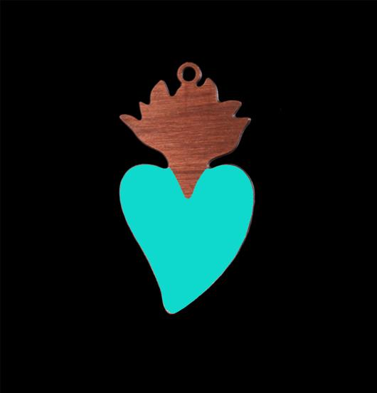 ciondolo cuore sacro in rame smaltato turchese, ex voto, simbolo religioso, amicizia