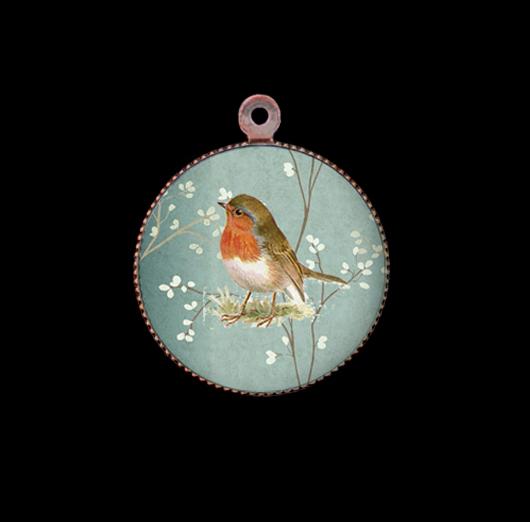 Ciondolo in porcellana con pettirosso per personalizzare collane e bracciali. Idea regalo per gli amanti della natura.