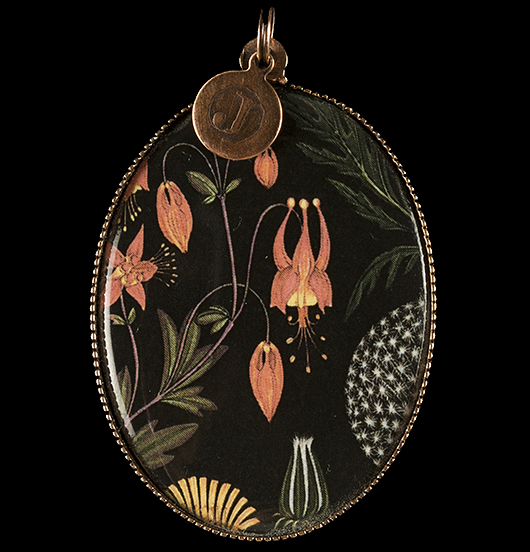 medaglione di porcellana con disegni botanici su sfondo nero, per amanti della natura, dei fiori, delle piante